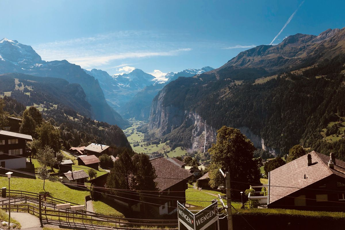Lauterbrunnen Valley Room